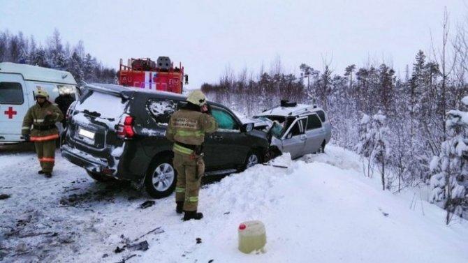 Жуткая авария вЮгре стала причиной смерти водителя