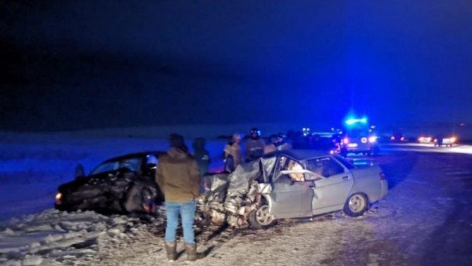 ВЧелябинской области авария унесла жизни двух человек, трое ранены