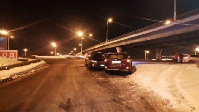 13-летняя девочка пострадала в аварии на Сарапульской улице в Уфе