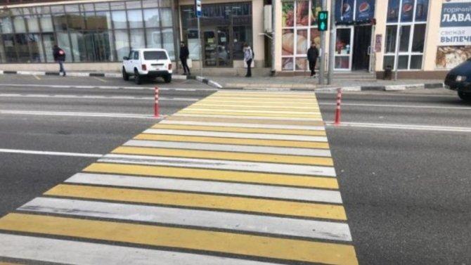 13-летнюю девочку, которая перебегала дорогу в Сочи, сбила иномарка