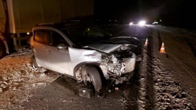 Из-за ошибки водителя «Вольво»— пять машин вмясо, один человек вбольнице