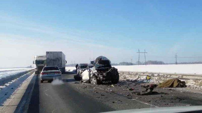 Молодой водитель иномарки погиб в ДТП в Болотнинском районе Новосибирской области