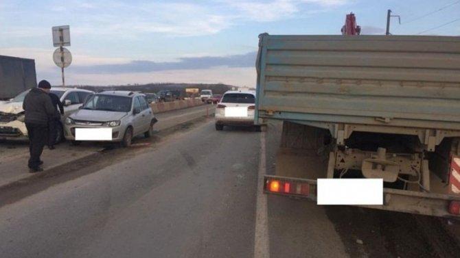 Навъезде вСтаврополь столкнулись сразу 5 машин