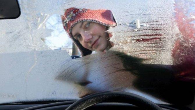 Чуть незамерзли насмерть всобственной машине под Владивостоком