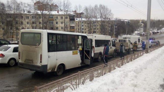 Два человека пострадали в ДТП в Иркутске