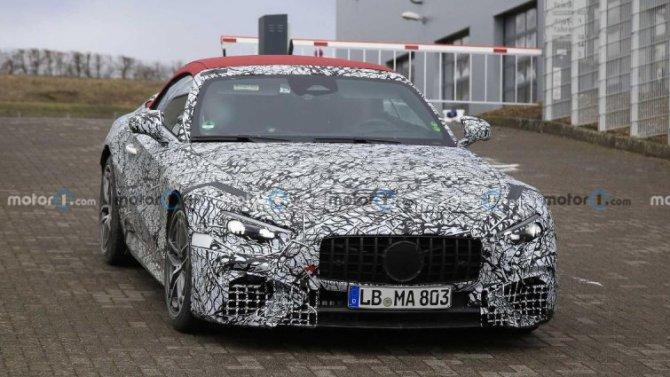 Замечен новый родстер Mercedes-AMGSL