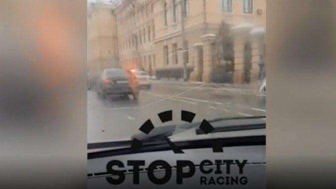 19-летний соплячок в Казани угнал тачку у любимой бабушки