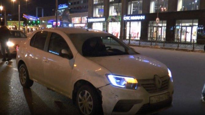Авария сучастием трех автомобилей вКазани