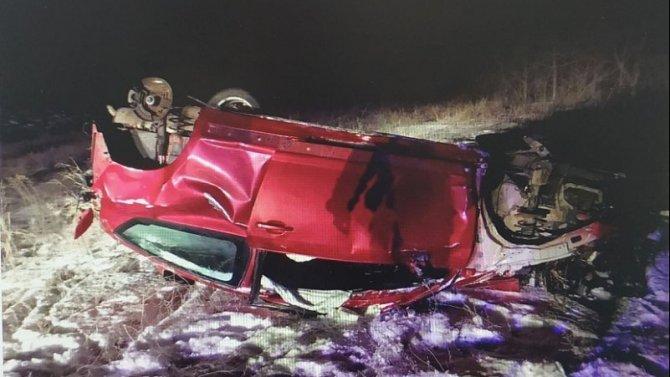 20-летний пассажир иномарки скончался после ДТП в Саратовской области