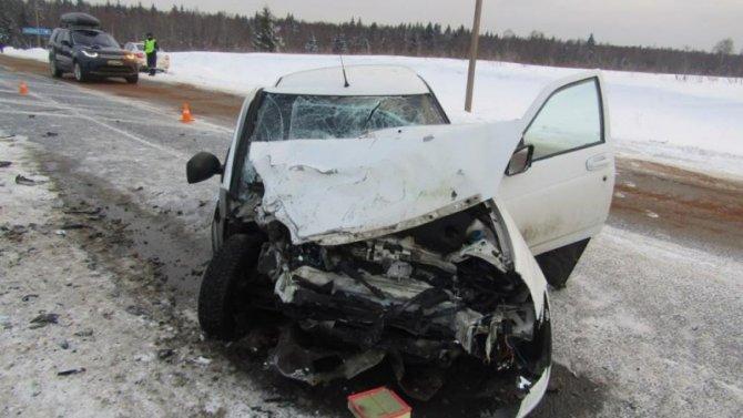 Двое детей погибли в ДТП в Вологодской области