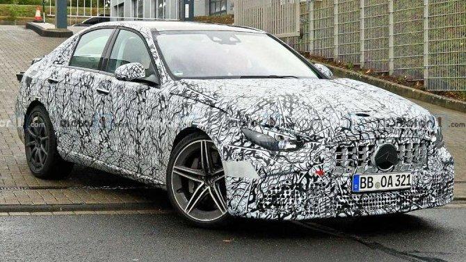 Новый Mercedes-AMG C63: что унего под капотом?