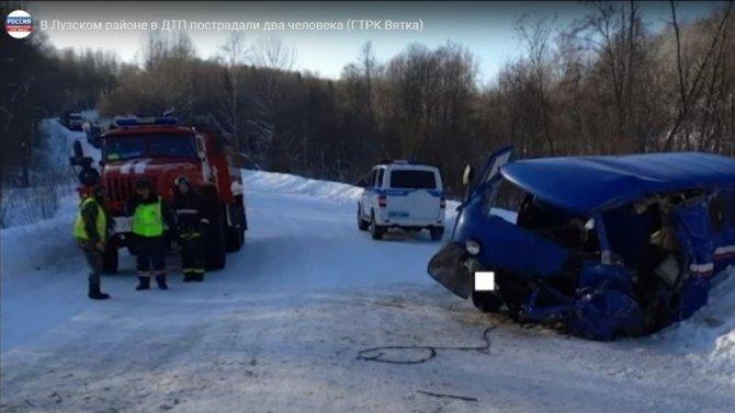 ВЛузском районе Кировской области занесло грузовик, пострадали 2 человека