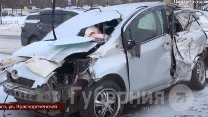 Из-за любителя горячительных напитков, три машины разбито в Хабаровске и два человека ранено