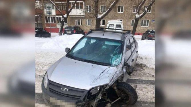 Оторванное колесо стало причиной ДТП вЧелябинске