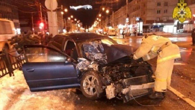 Два человека пострадали в ДТП со «скорой» в Калуге