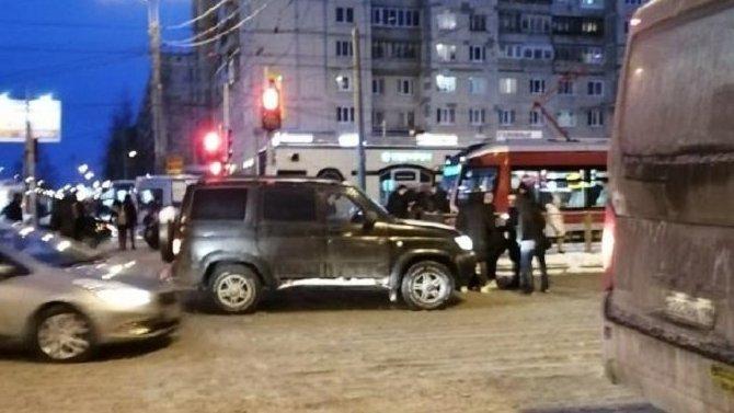 В Петербурге на проспекте Просвещения сбили пешехода