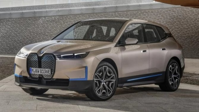 Электрокроссовер BMW iX: появились новые подробности