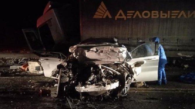 Два человека погибли в ДТП с грузовиком в Чувашии