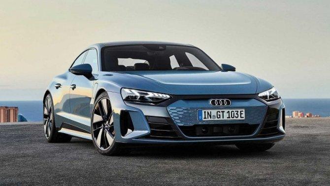 Представлены «заряженные» электромобили Audi е-Tron
