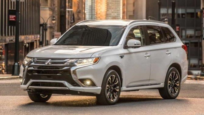 Скоро представят новый Mitsubishi Outlander