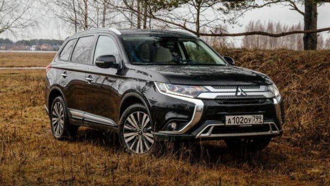 ВРоссии завершились продажи Mitsubishi OutlanderGT
