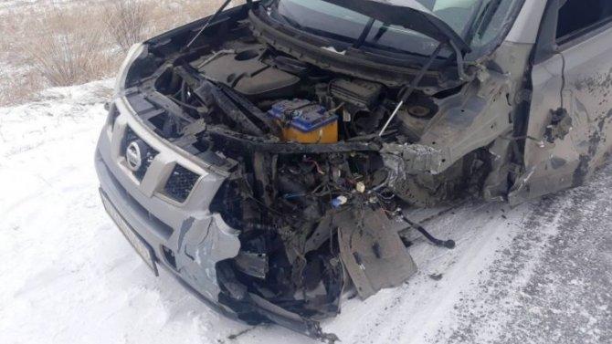 В ДТП в Хакасии два человека получили тяжелые травмы