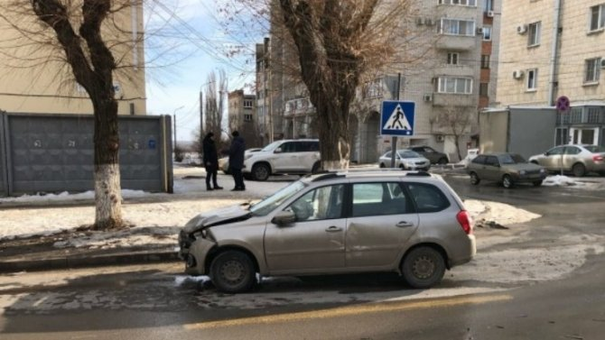 Вцентре Волгограда стало наодин проблемный перекресток больше