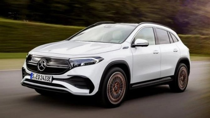 Начался приём заказов наэлектрокроссовер Mercedes-Benz EQA
