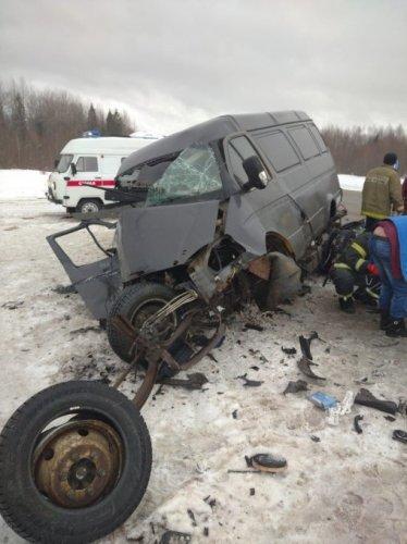 В ДТП в Сямженском районе Вологодской области погибла женщина1
