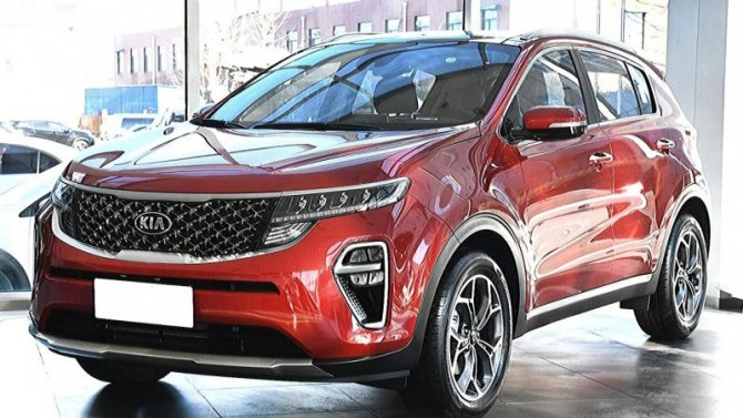 Снизились российские продажи автомобилей KIA