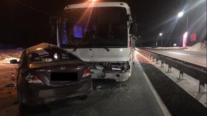 В ДТП с автобусом на трассе Тюмень – Ханты-Мансийск погиб человек