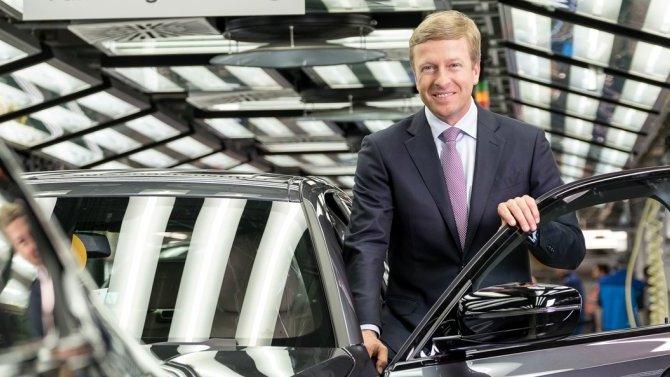 Глава BMW заявил, что его компания несобирается отказываться отпроизводства автомобилей сДВС