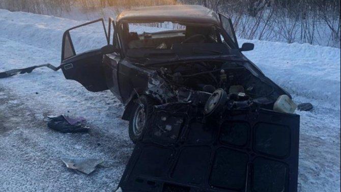 Женщина-водитель погибла в ДТП на Сыропятском тракте в Омской области