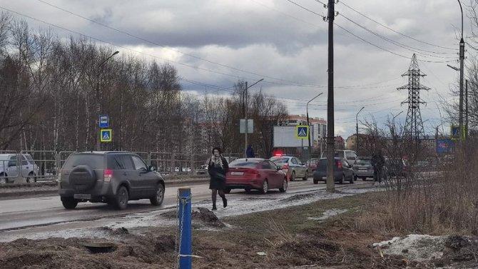 В Великом Новгороде сбили девушку-подростка