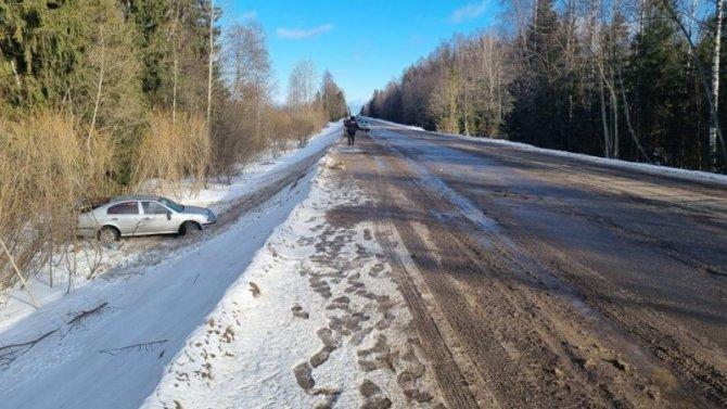 Две женщины пострадали в ДТП по вине пьяного водителя в Тверской области
