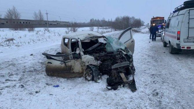 Под Новосибирском в ДТП погиб пассажир иномарки