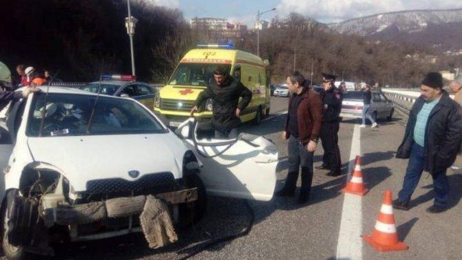 В ДТП в Сочи погибли мужчина и ребенок