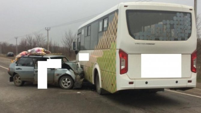 Женщина погибла в ДТП с автобусом в Предгорном районе Ставропольского края