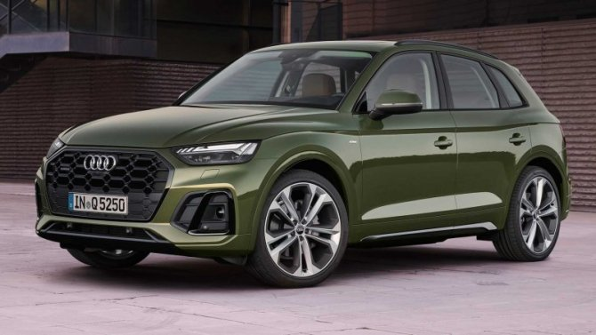 Начались российские продажи обновлённого кроссовера Audi Q5
