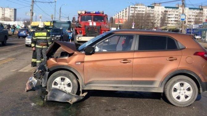 В Твери по вине пьяного водителя пострадали три человека