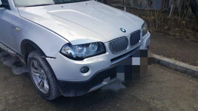 В Кисловодске водитель BMW сбил пешехода и попытался скрыться, но был задержан