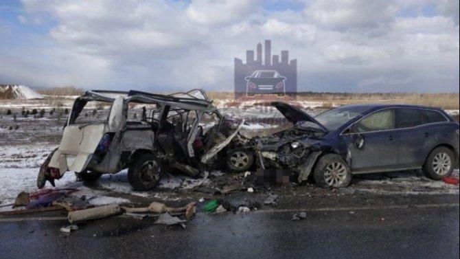 Три человека погибли в ДТП под Красноярском