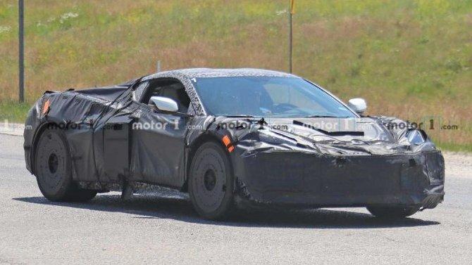 Гибридный Chevrolet Corvette C8: появились подробности