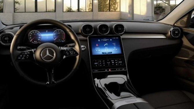 Новый Mercedes-Benz C-Кlassе сохранит физические кнопки в салоне
