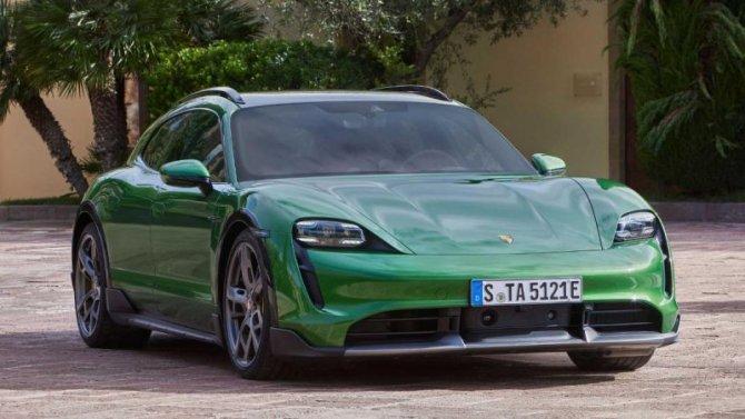 Состоялась презентация электроуниверсала Porsche Taycan Cross Turismo