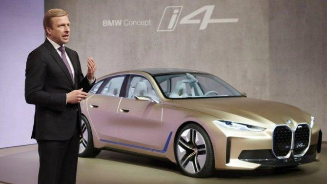 Глава BMW предсказал снижение продаж электромобилей Tesla