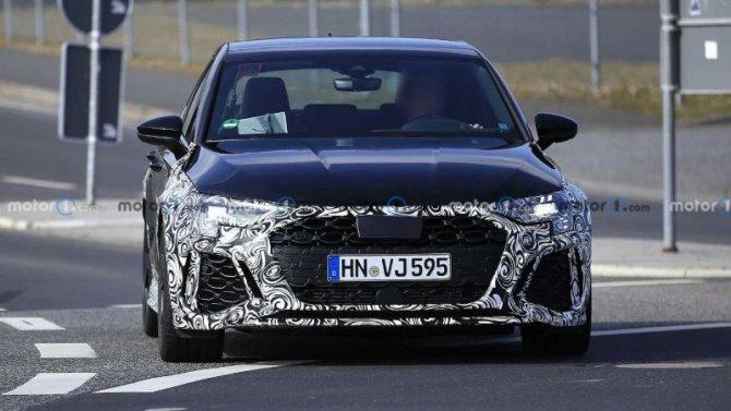 Обновлены две модификации Audi RS3