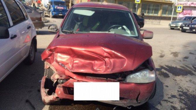 Трое взрослых и ребенок пострадали в ДТП в Пятигорске