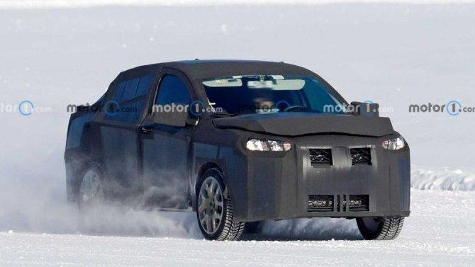 FIAT начал испытания вседорожного седана