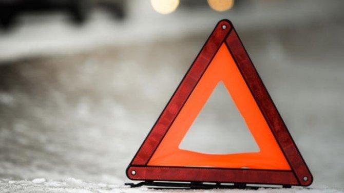 В Аксае в ДТП с военным автомобилем погибли два человека